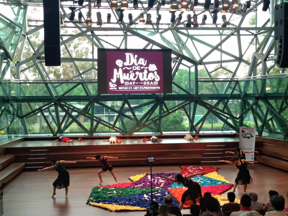 Choreography: Elena Osalde comisioned by MexVic